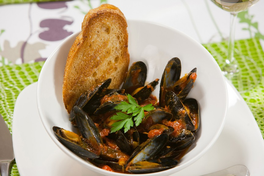 Mussels with Spicy Tomato Broth in Metro White Dinnerware by Kitchen Charm