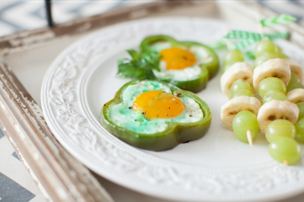 St. Patricks Day Green Bell Peppers and Eggs