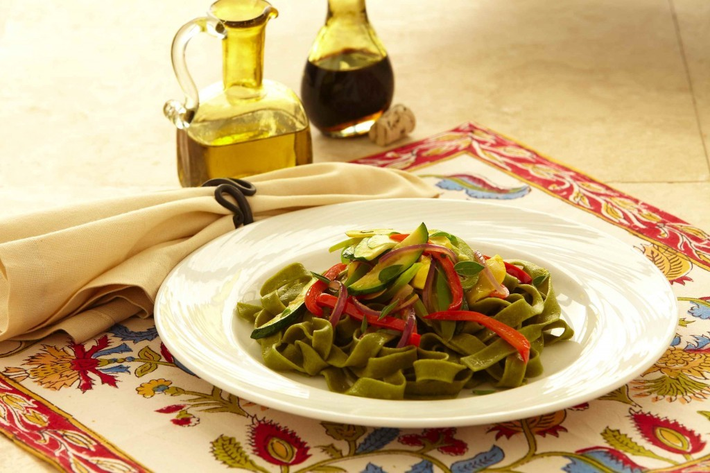 Spinach Linguini with Sautéed Vegetables