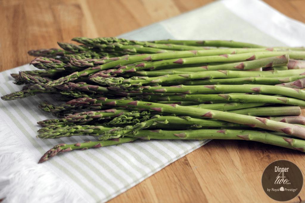 Dinner4Two-Fresh-Asparagus