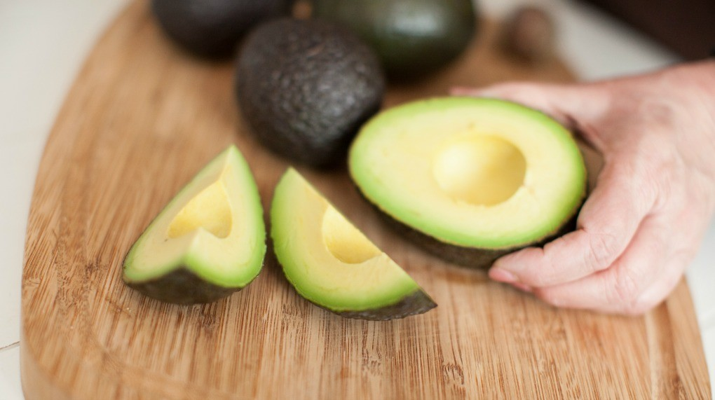 How to Peel an Avocados