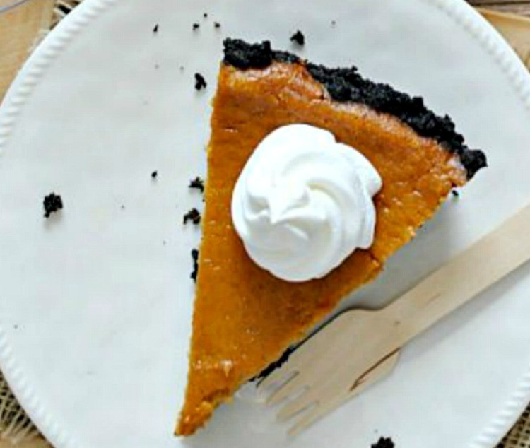 No Bake Pumpkin Cheesecake with Oreo Crust