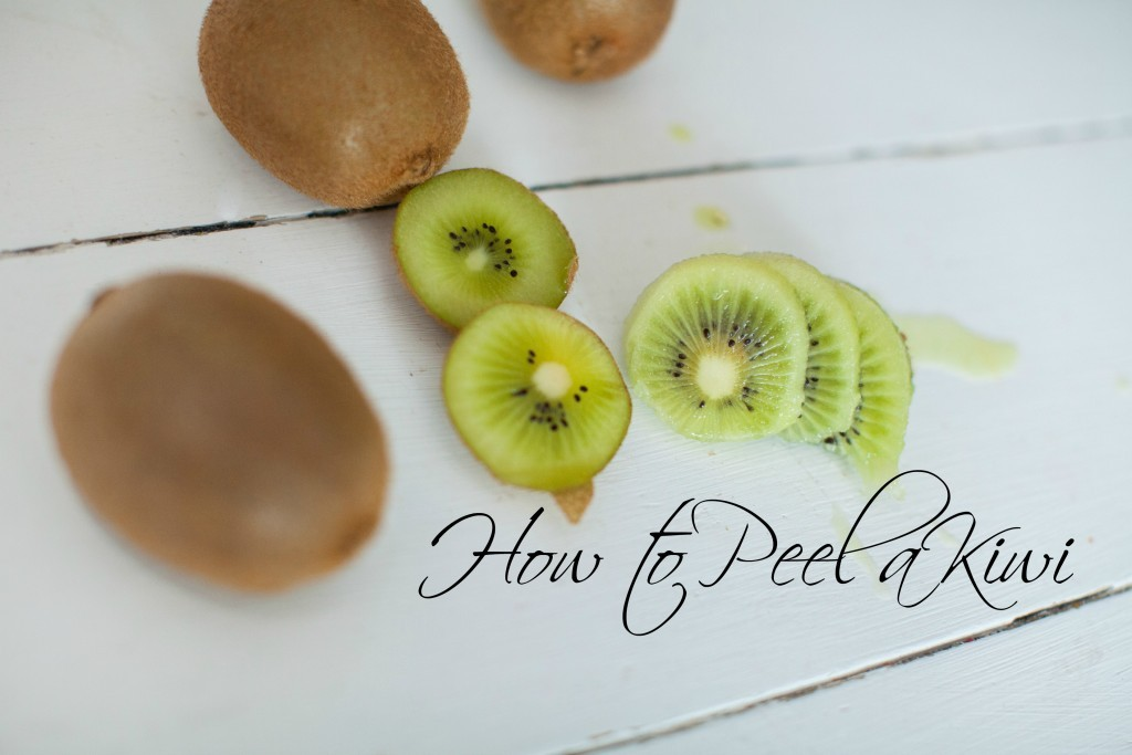 How to peel a Kiwi Fruit