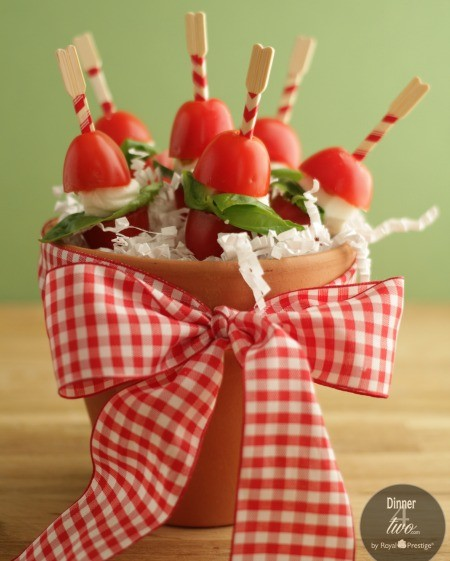 Caprese Salad Bites by Dinner4Two