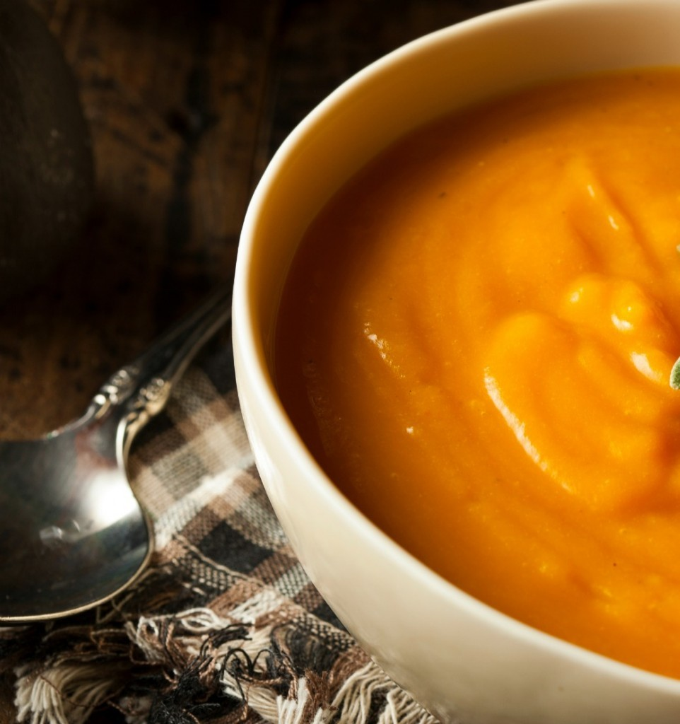 Butternut Squash Giner Soup with Bread